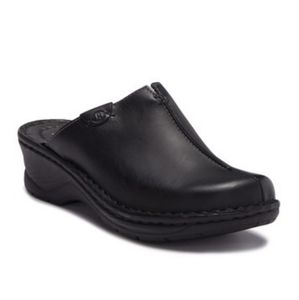 Josef Seibel Catalonia 54 Black Leather Mule